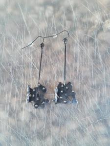 Metal with spots, dangle earrings